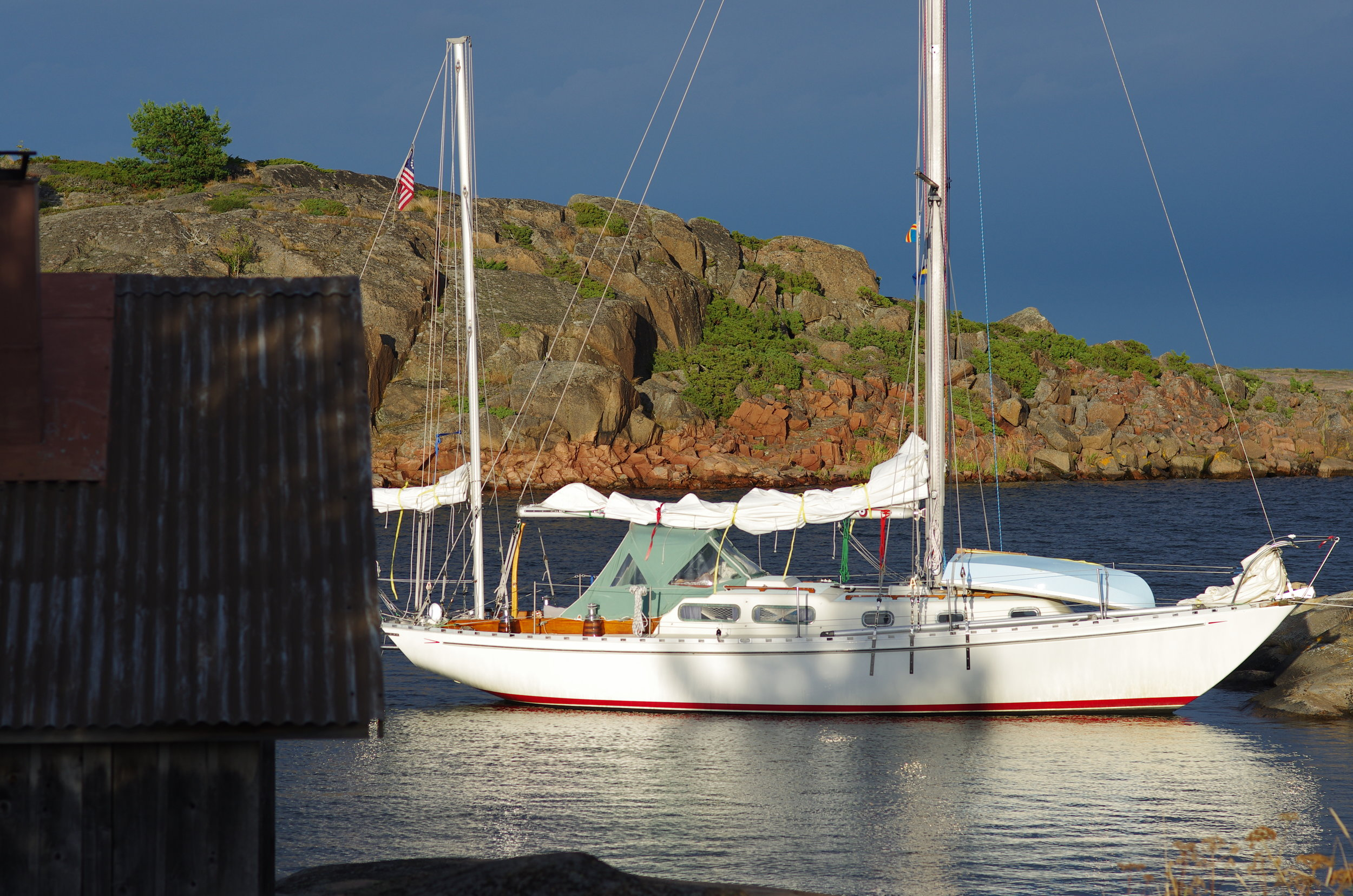 Mia & I sailed Arcturus to the Finnish Åland archipelago in summer 2014.