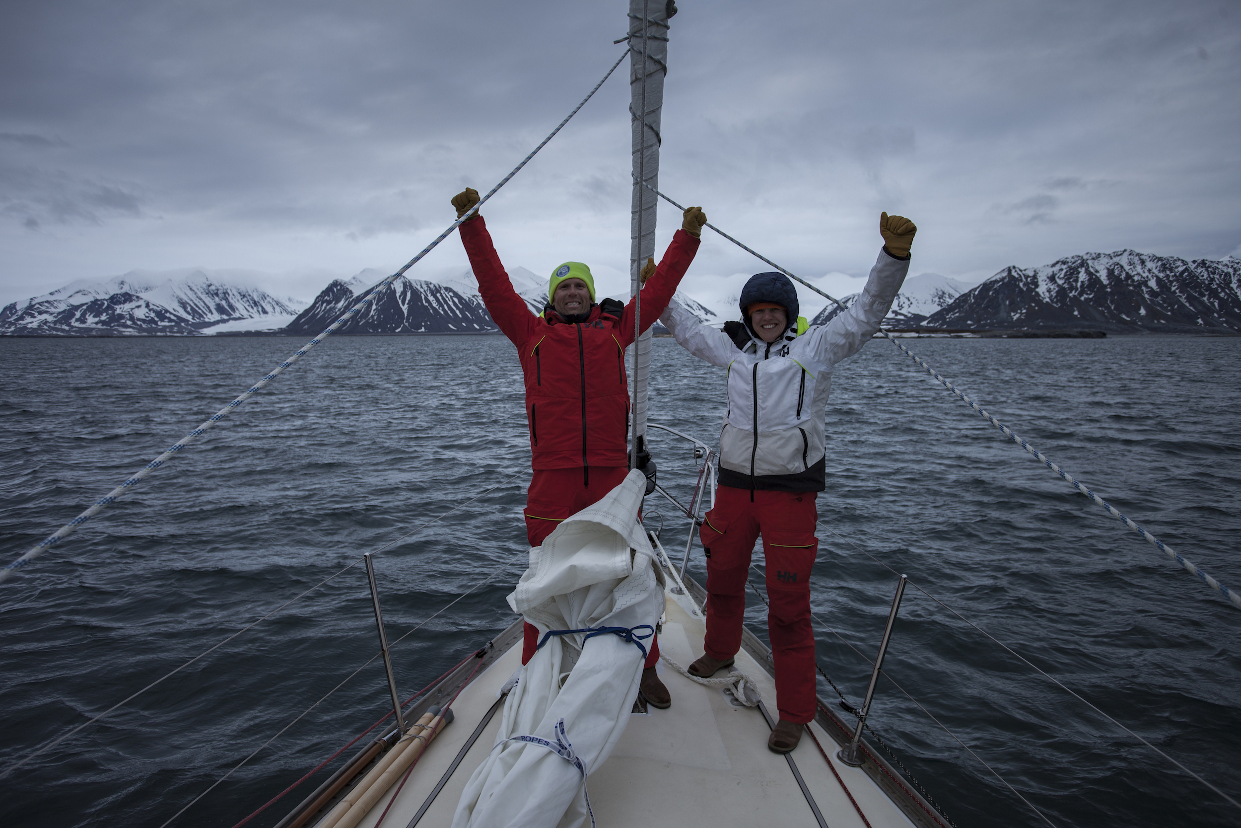 Anchor down at 77º North! We made it to SPITSBERGEN!