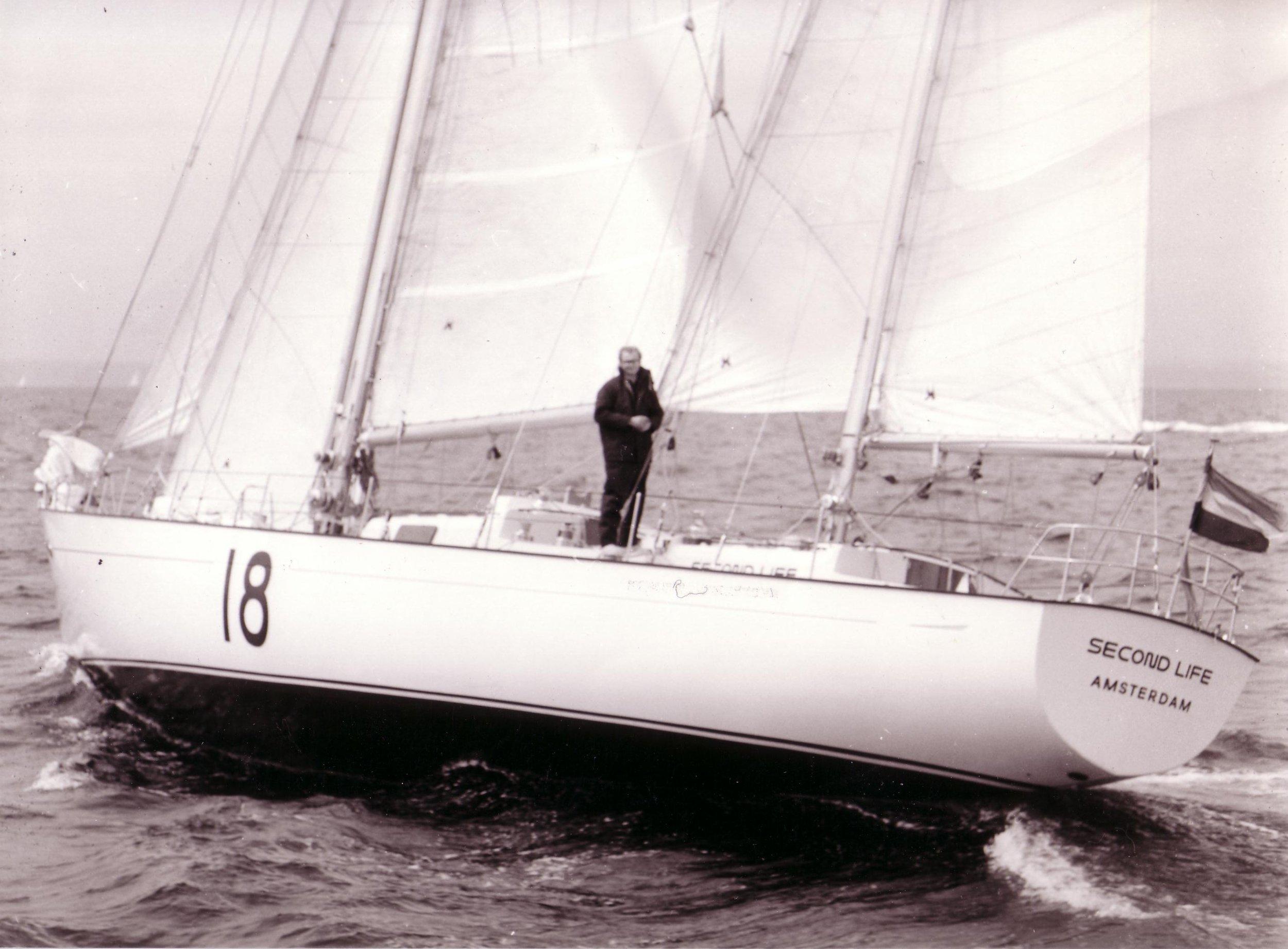 22 Gerard sailing Second Life start Ostar 1972.JPG