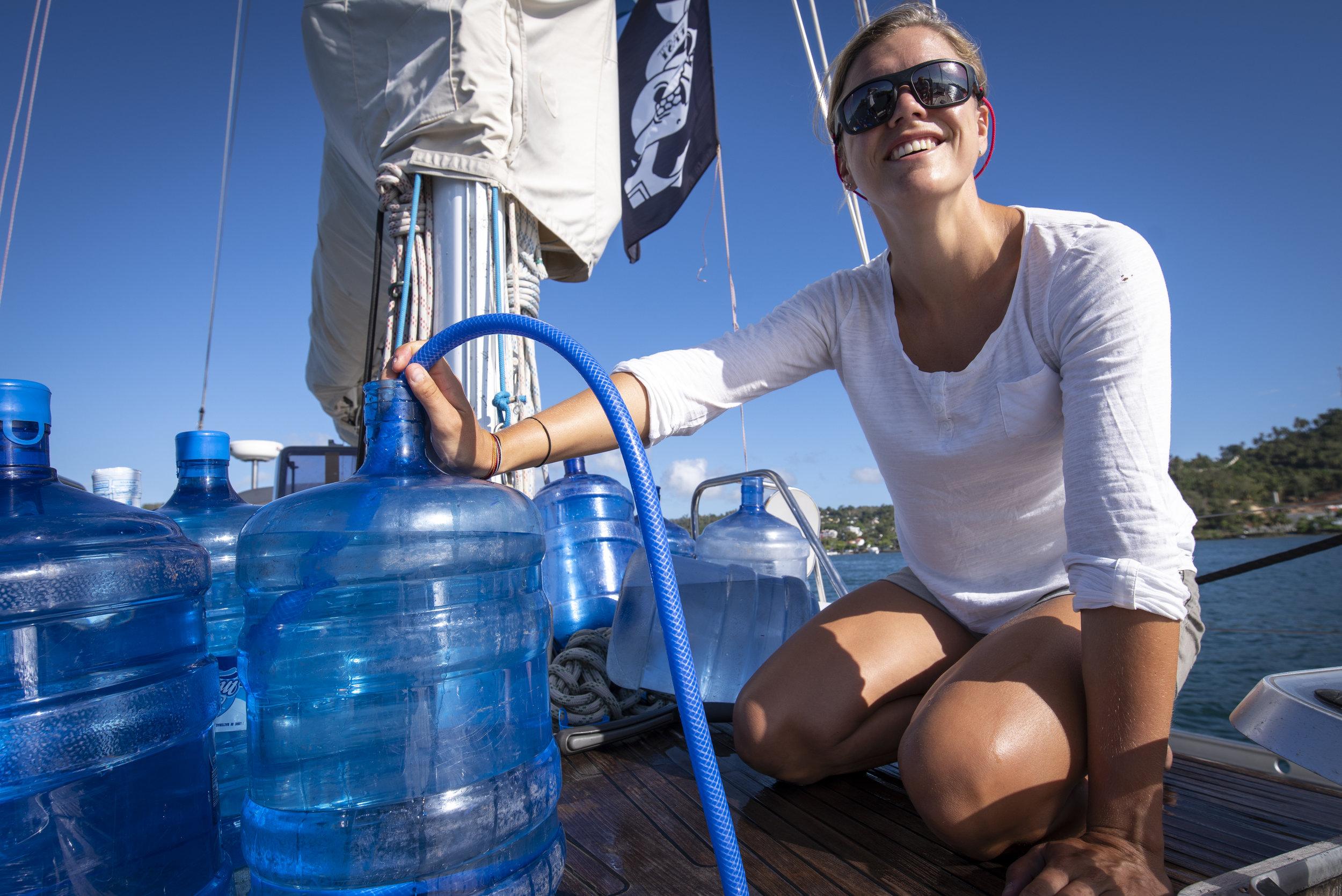 19.04.16_Mia Siphon Watermaker_1.jpg
