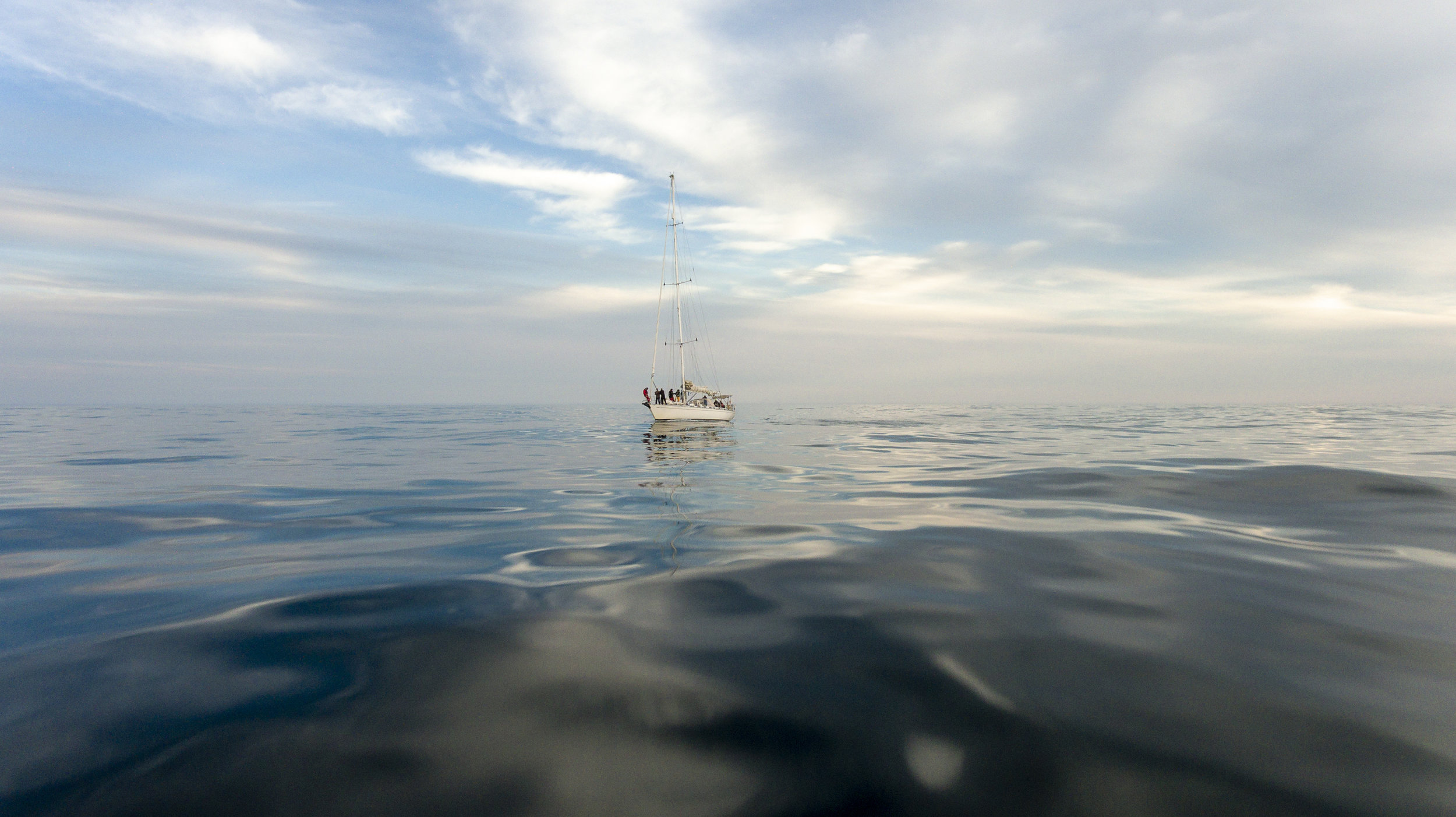 That calm sea! Like mercury, truly unreal.