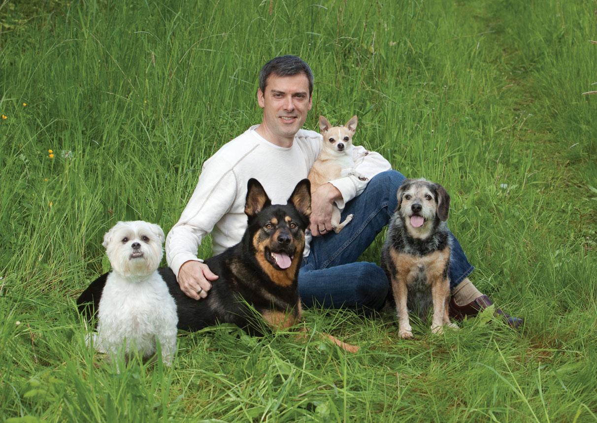 Rick with his pack (l to r): Baxter, Raleigh, Duncan and Chloe. All photos by Alicia Dickerson-Griffith of Four-Legged Photo.