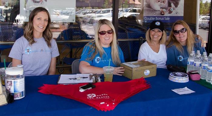 Oregon Dog Rescue Volunteers (L-R) Melissa Jarvis, Kim Harney, Barbara Roach and Angie Henderson Rapp.