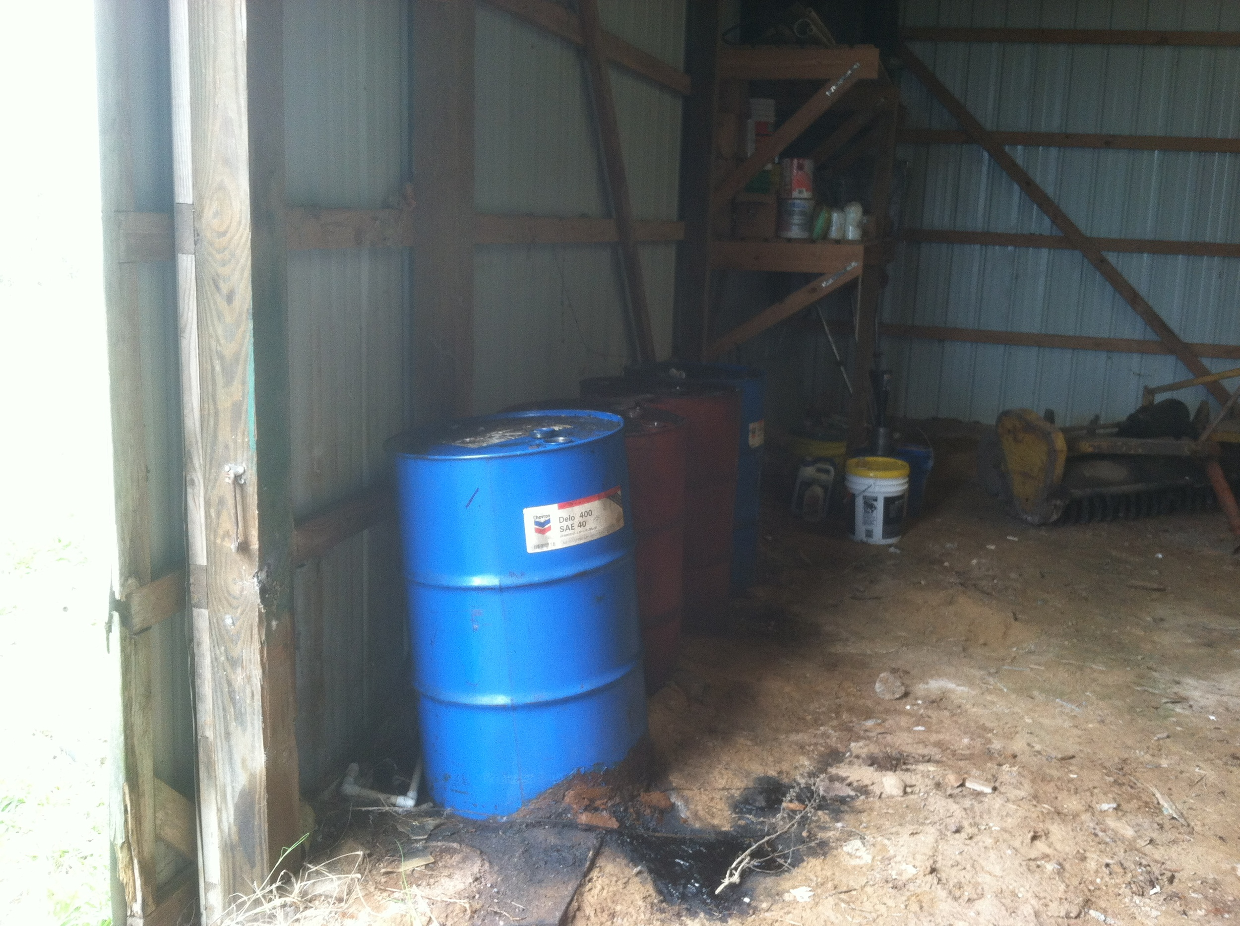 Moon Dog Farms.barn oil