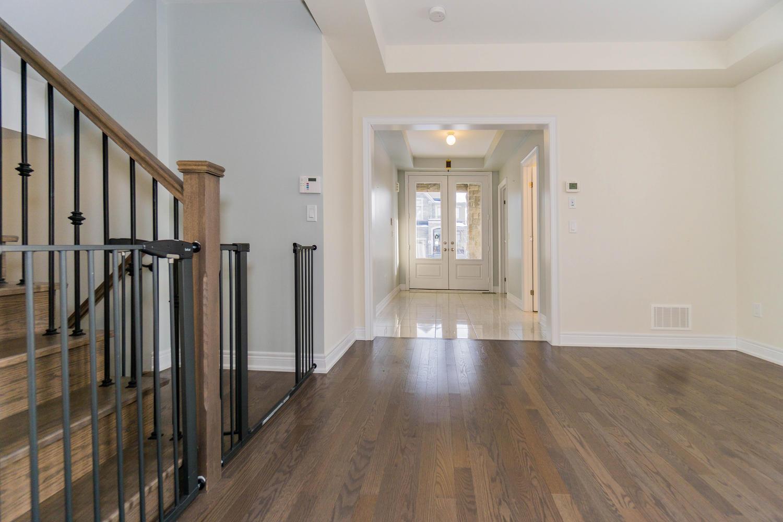 12 Rivoli Drive-large-008-3-Hallway-1500x1000-72dpi.jpg