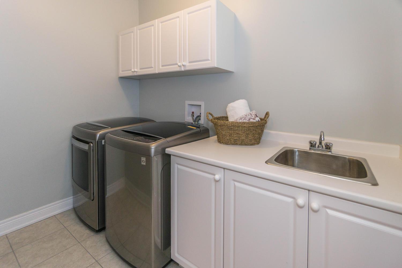 12 Rivoli Drive-large-029-30-Laundry Room-1500x1000-72dpi.jpg
