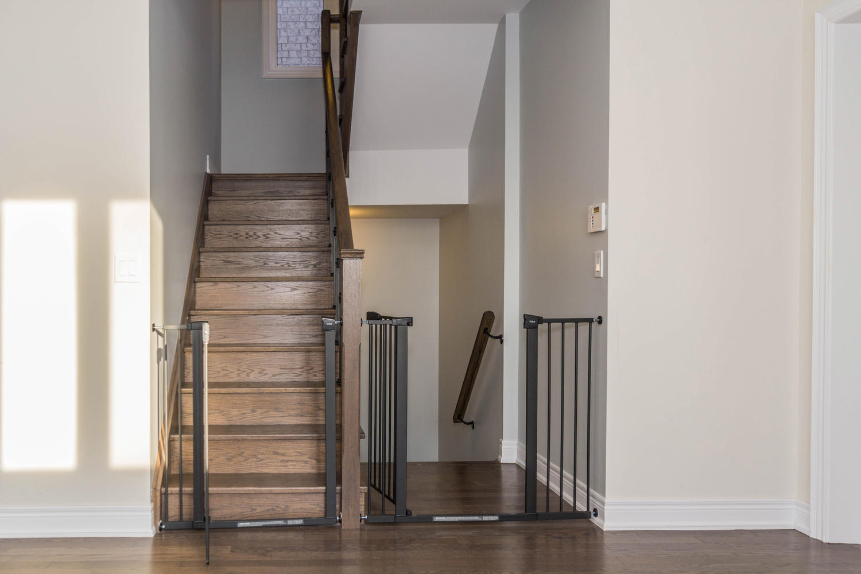12 Rivoli Drive-large-030-49-Staircase-1500x1000-72dpi.jpg
