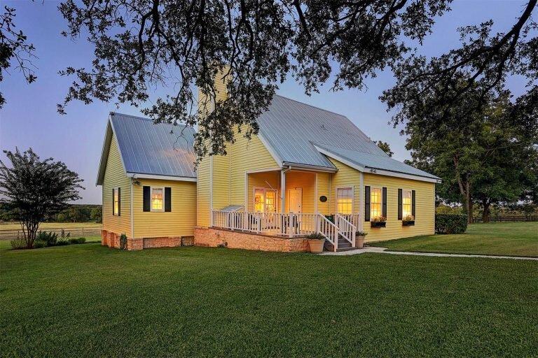 Schulenburg, Texas | Sotheby's International Realty - Central Houston Brokerage