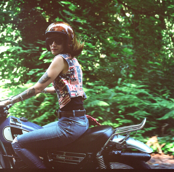 lana-macnaughton-motorcycle-photo.jpg