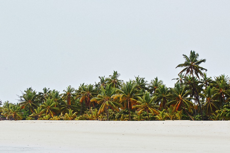 diani-beach-destination-kenyan-coast-ismaili-muslim-marriage-nikkah-ceremony-kenya-wedding-photography-_0394.jpg