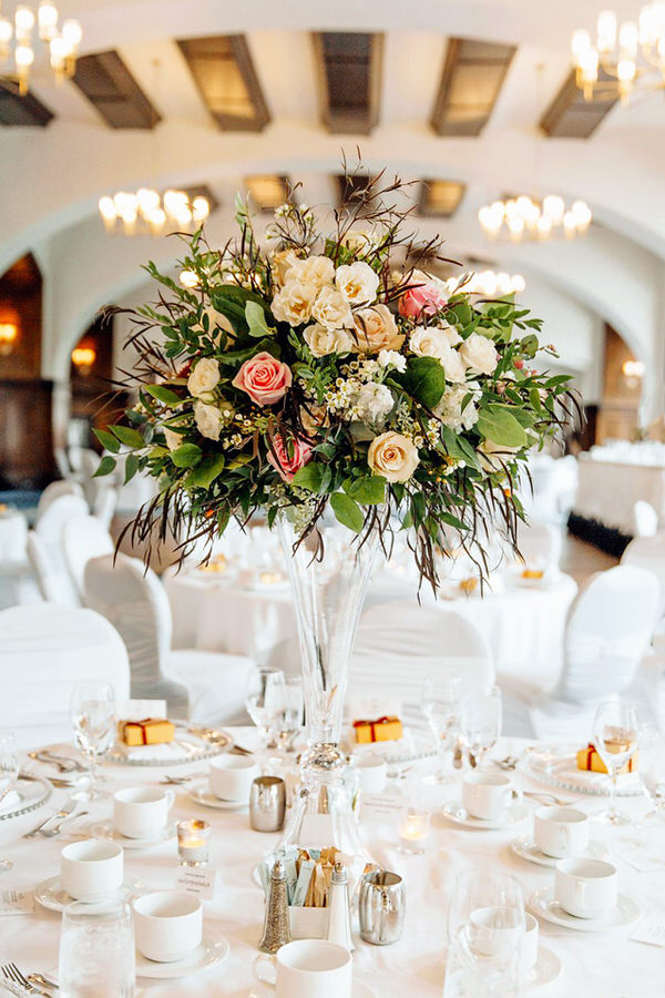 Maiafreia Special Events is an event planning and production company specializing in weddings, corporate events, special occasions, and all types of celebrations.