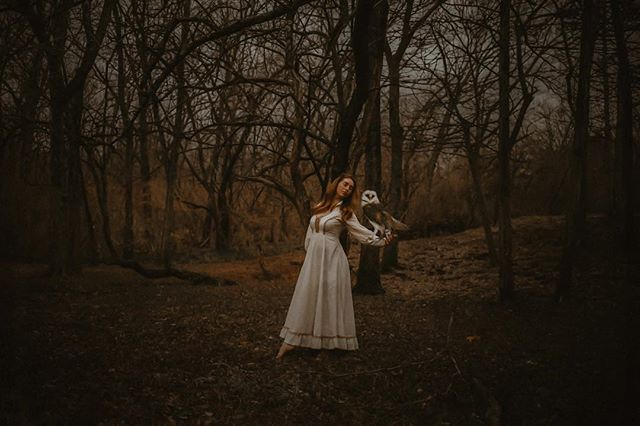Back to creating fairytales ✨ . . . . . . . . .  #cassandracastanedaphotography #wildwoman #mystical #moodygrams #selfportrait #magical #sombresociety #conceptart #featureacreature #sombrebeings #witchyvibes #dark_infinity #spellbound #artistry_flair #thehub_mystica #blackraven_inspired #themysterypr0ject #mystic #lookslikefilm #omd_5k #gloomy_side_views #ourmoodydays #thedarkpr0ject #wakethewitches #magic #coceptual #moody #createyourtruth #witchesofinstagram #artofawitch