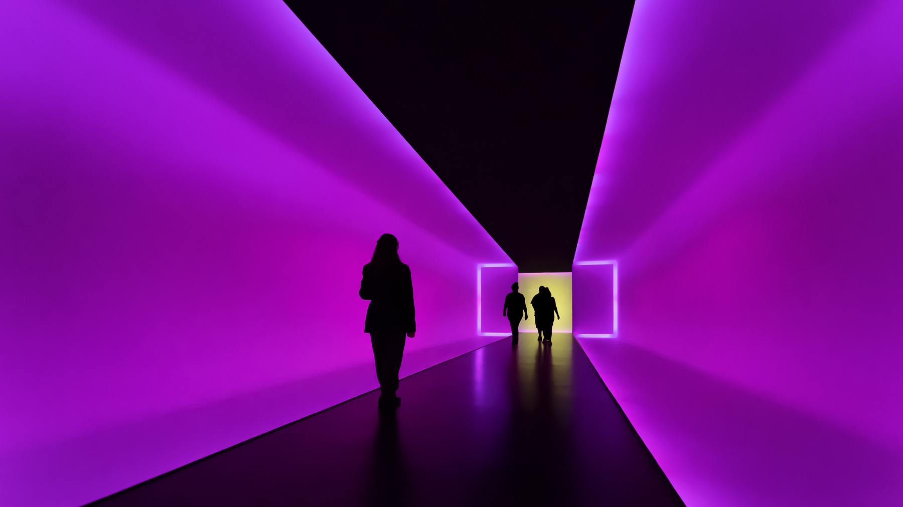 Into-The-Heart-I-The-Light-Inside-James-Turrell-Mabry-Campbell-LR.jpg