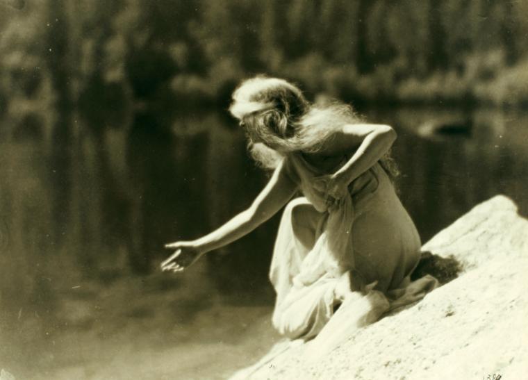 Ruth St. Denis at Yosemite Valley. (1919-1920).jpg