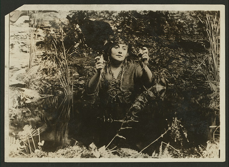 The-Witch-Girl_1915.jpg