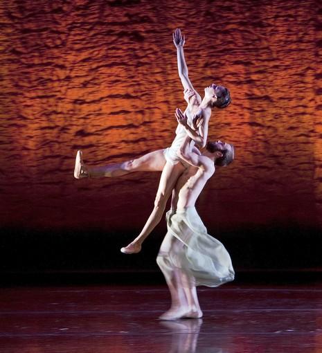 """Scheherazade""  Dancers David Harvey and Kara Wilkes perform in ""Scheherazade"" with the Alonzo King Lines Ballet.  ( Gina Ferazzi, Los Angeles Times /June 21, 2013)"