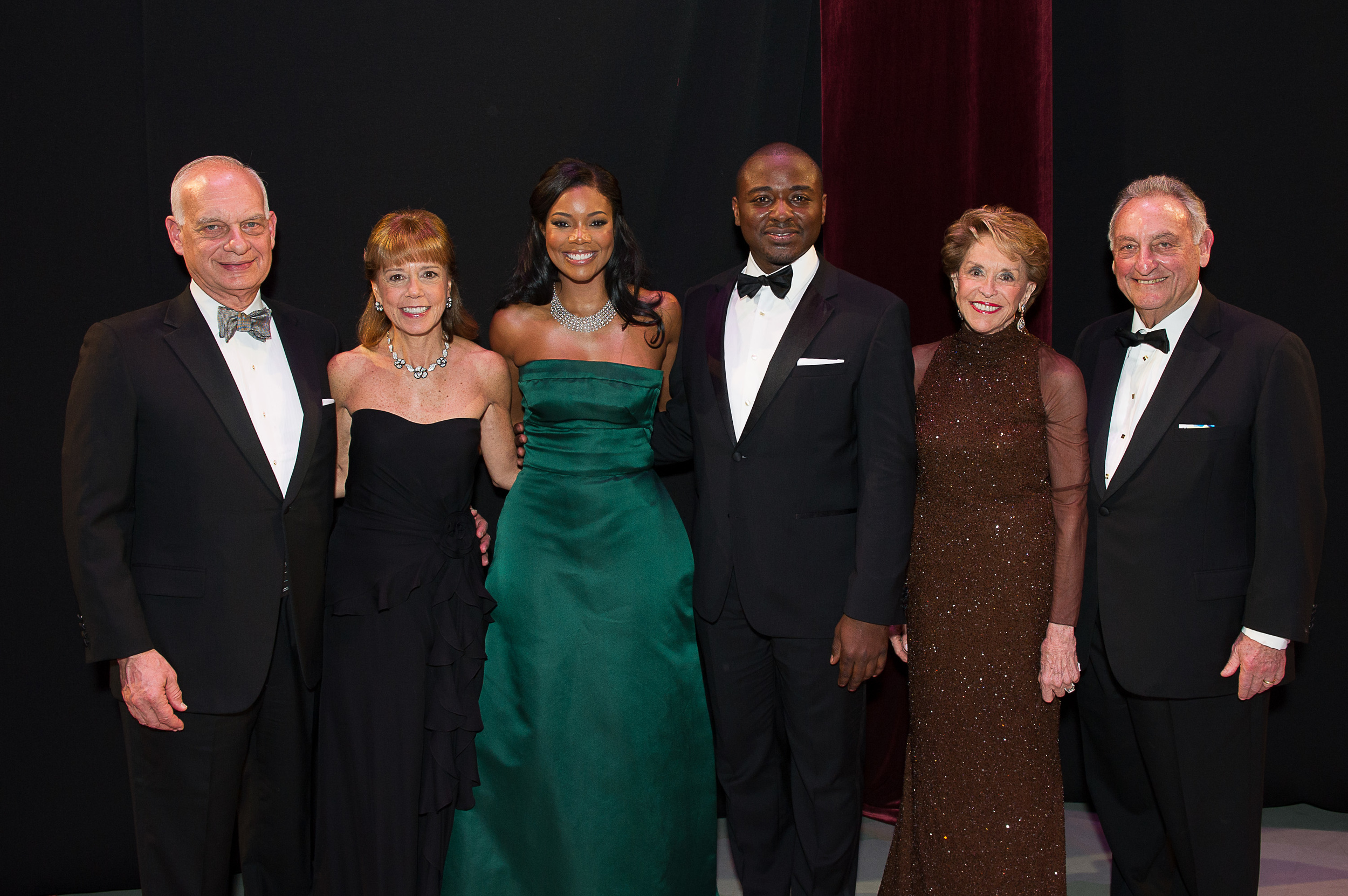 Eric J. and Daria L. Wallach, Actress and Honorary Chair Gabrielle Union, Artistic Director Robert Battle, and Joan and Sanford Weill. Photo Credit by Christoper Duggan