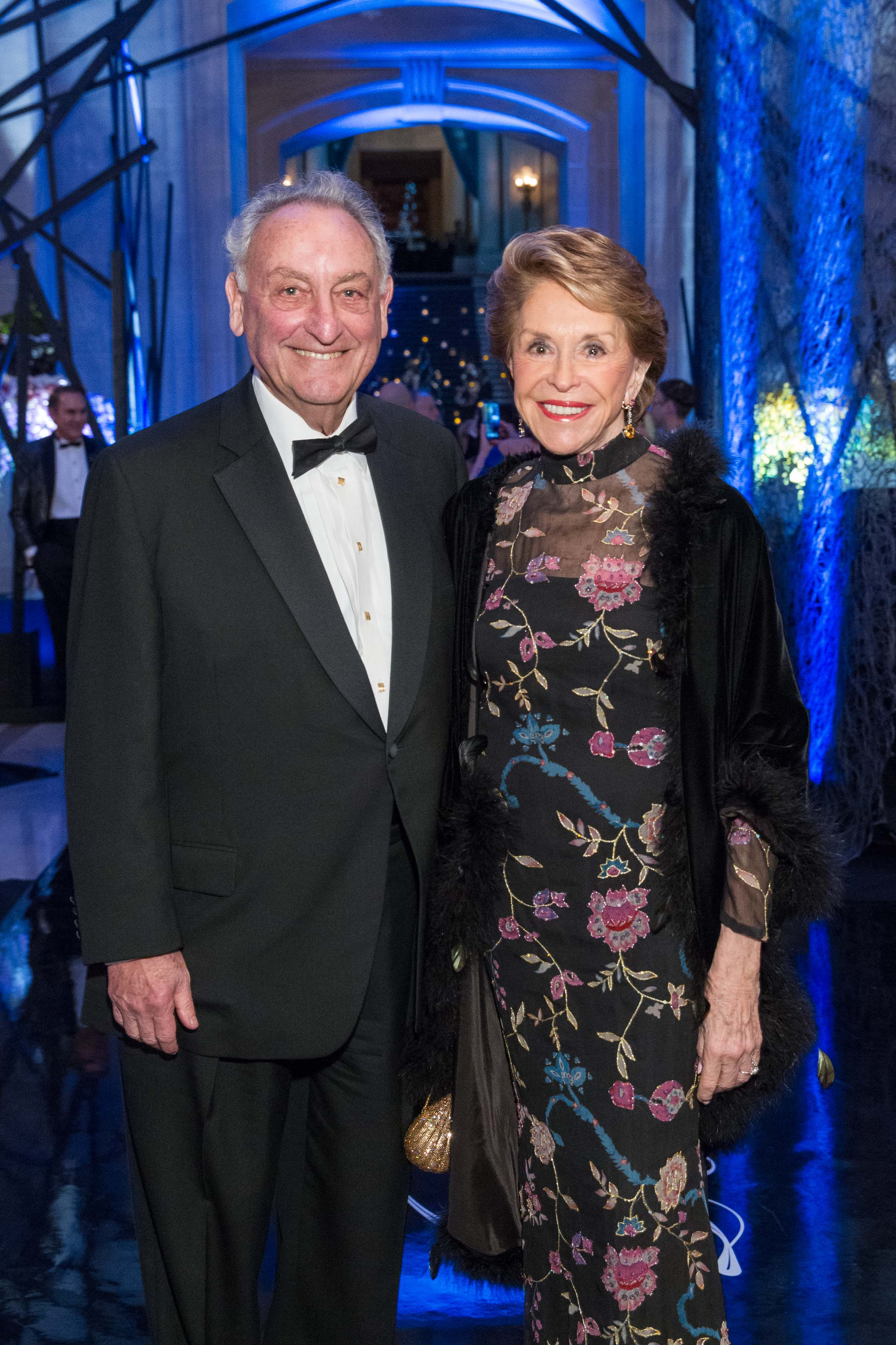 Sandy Weill and Joan Weill. Photo Credit Claudine Gossett for  Drew Alitzer Photography.