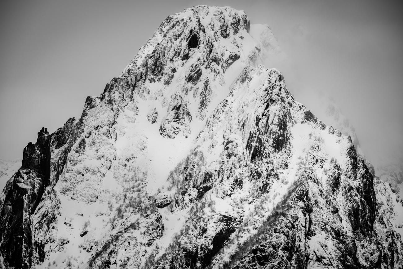 All Images_Lofoten_Svolvær © Alan Thomas Duncan Wilkie-1.jpg