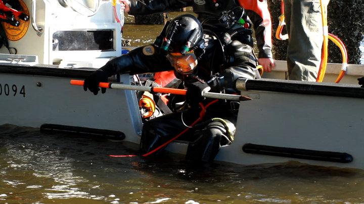 Underwater Bridge Inspectors (Documentary)