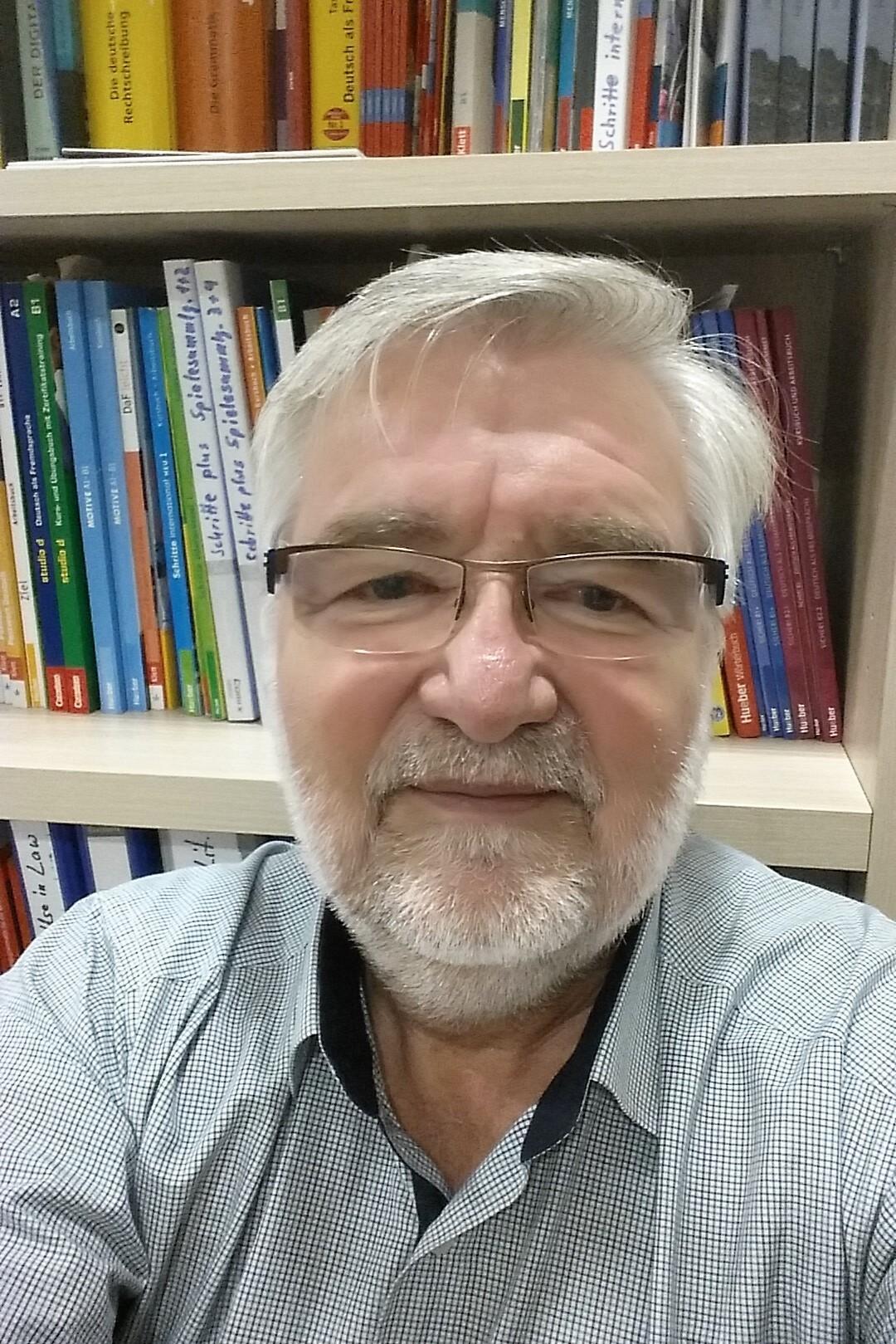 Dr Ralf Heimrath