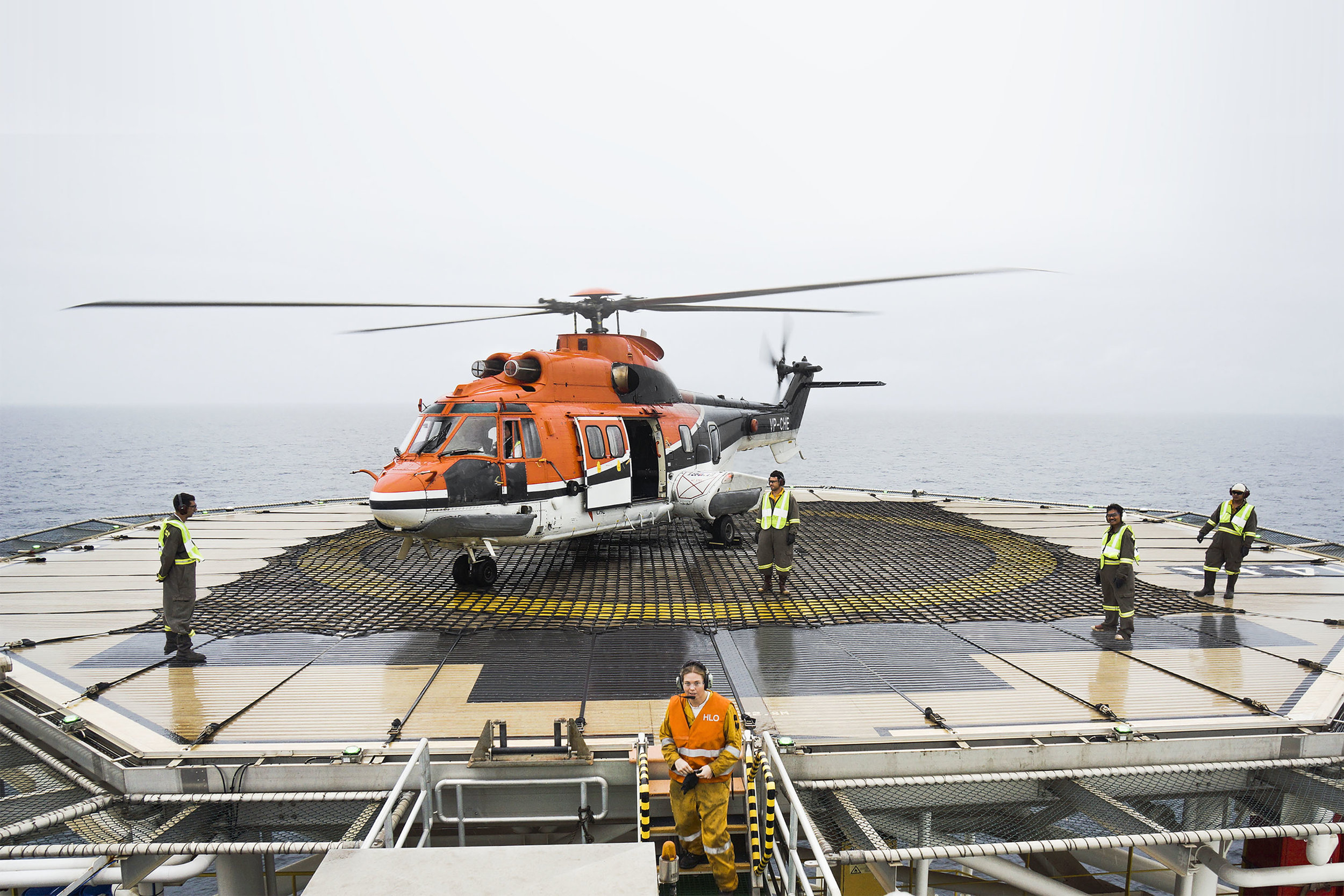 ronaldvillegas-chc-helicopter-offshore-platform.jpg