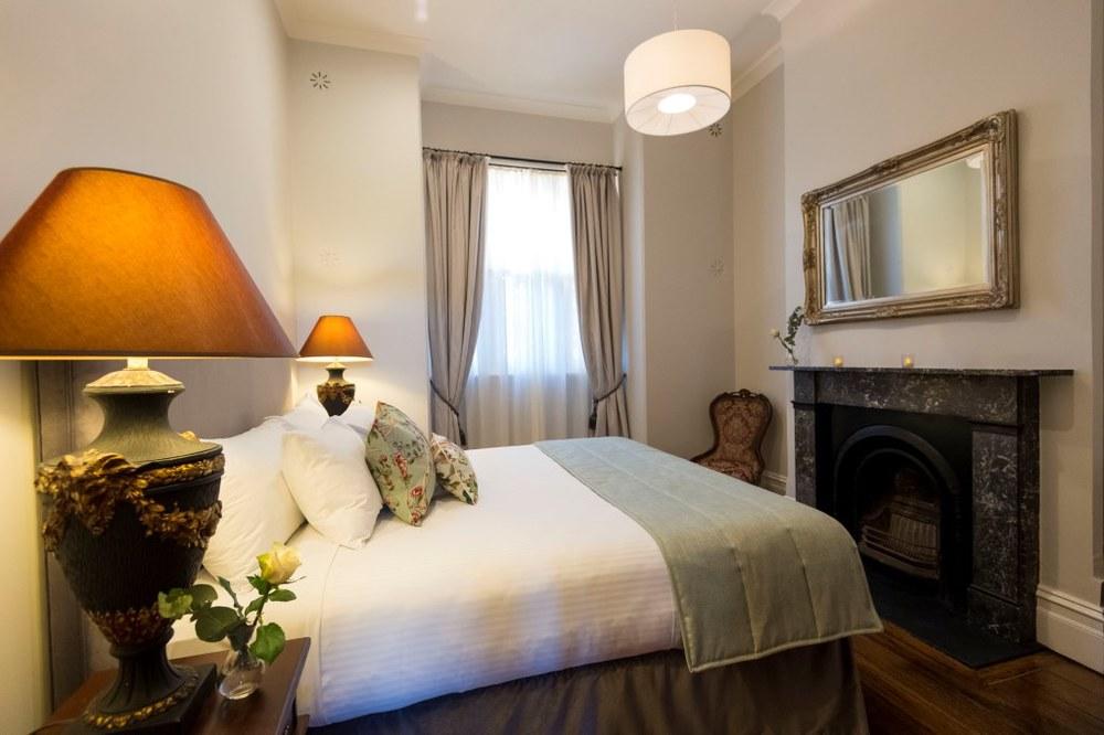 5+Bedroom.jpg