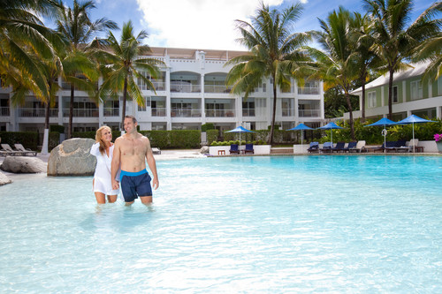 Peppers Beach Club _ Spa - Pool Couple walking 2.jpg