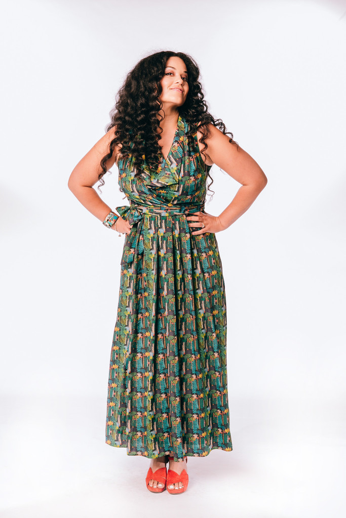 Exclusive Eva Franco dress with Justina's pattern.