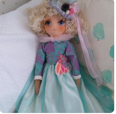 Dolls for Vivense