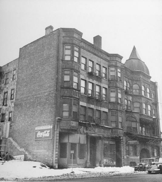 Former Four Deuces building no longer exists.