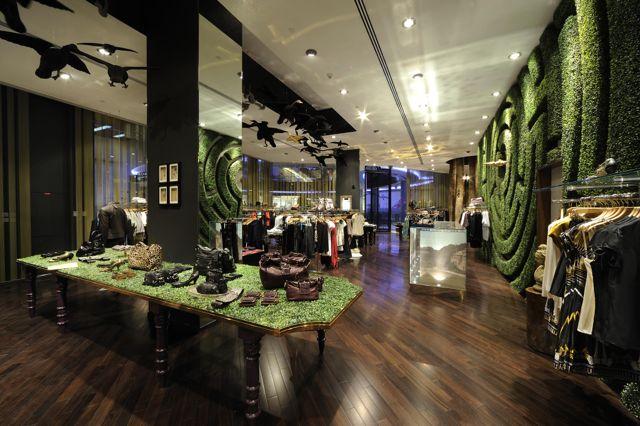 Dubai Mall, Dubai — Ted's Store Portfolio