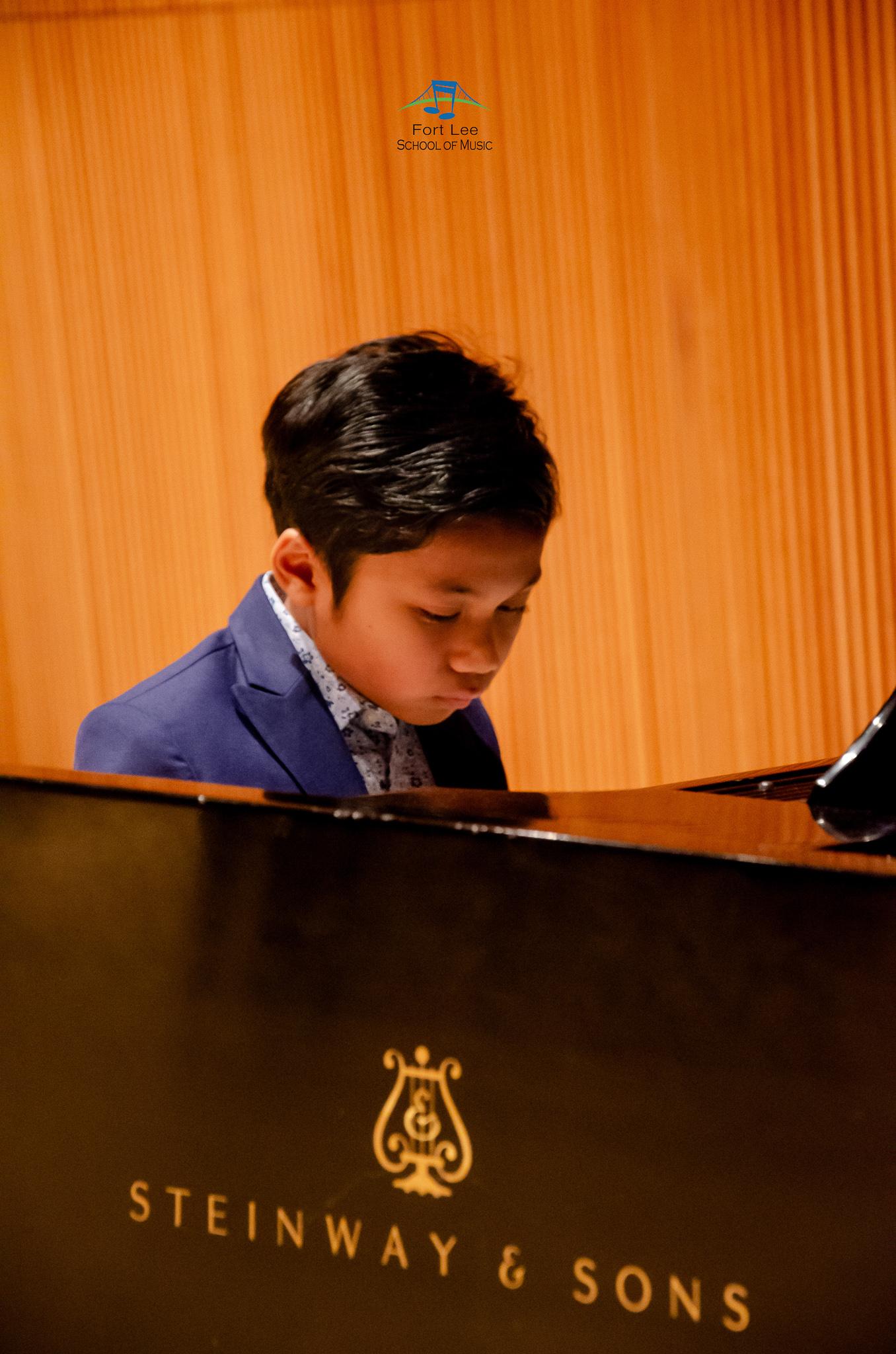 piano-schools-near-me.jpg
