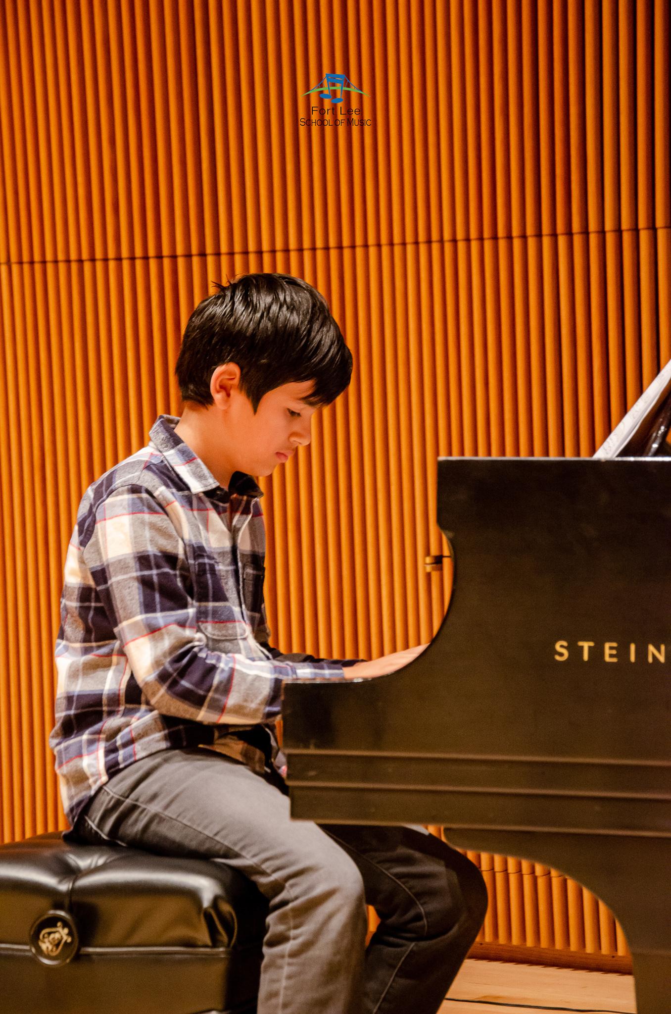 piano-teachers-edgewater.jpg