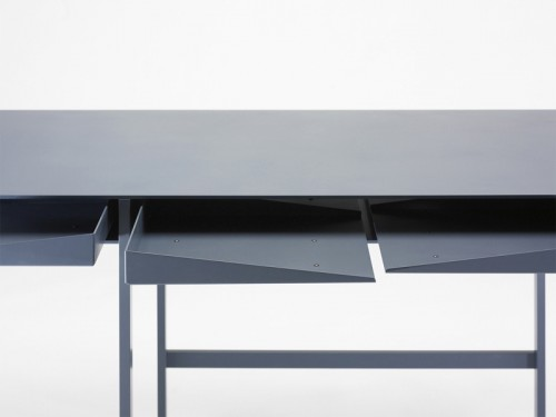 2-folia-desk-by-leon-ransmeier.jpg