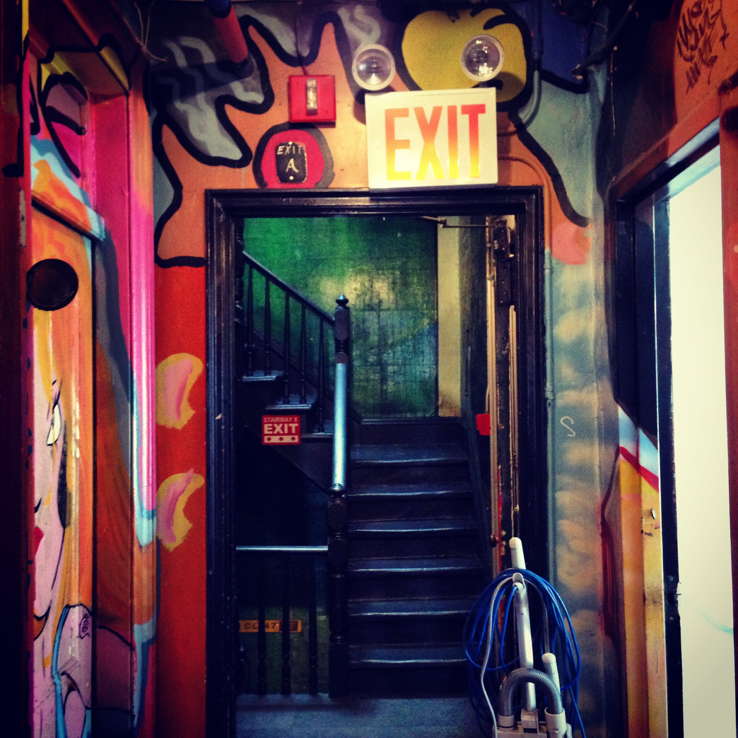 HOWEHAUS-LOCATIONSCOUTING-PHOTOPRODUCER-NYC-Eclectic-Ornate.JPG