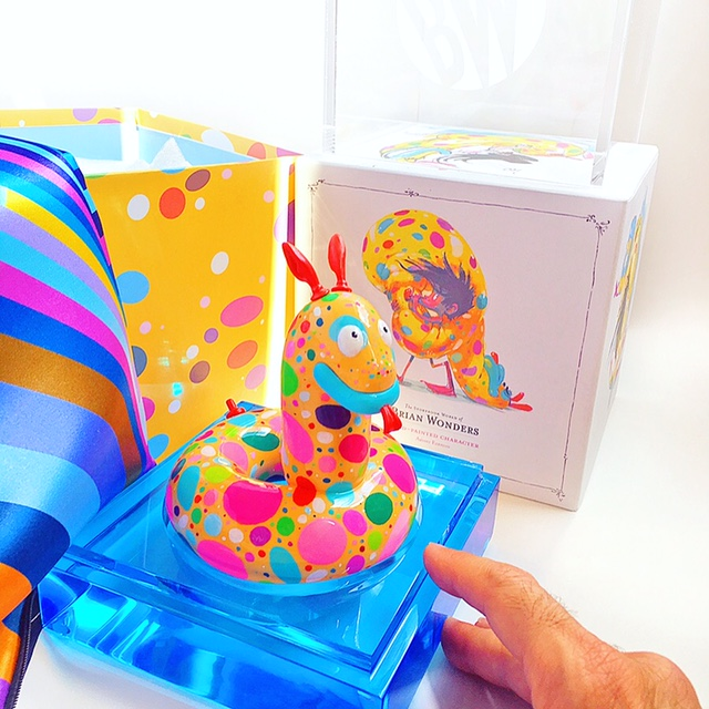 Luna_art_toy_2.JPG