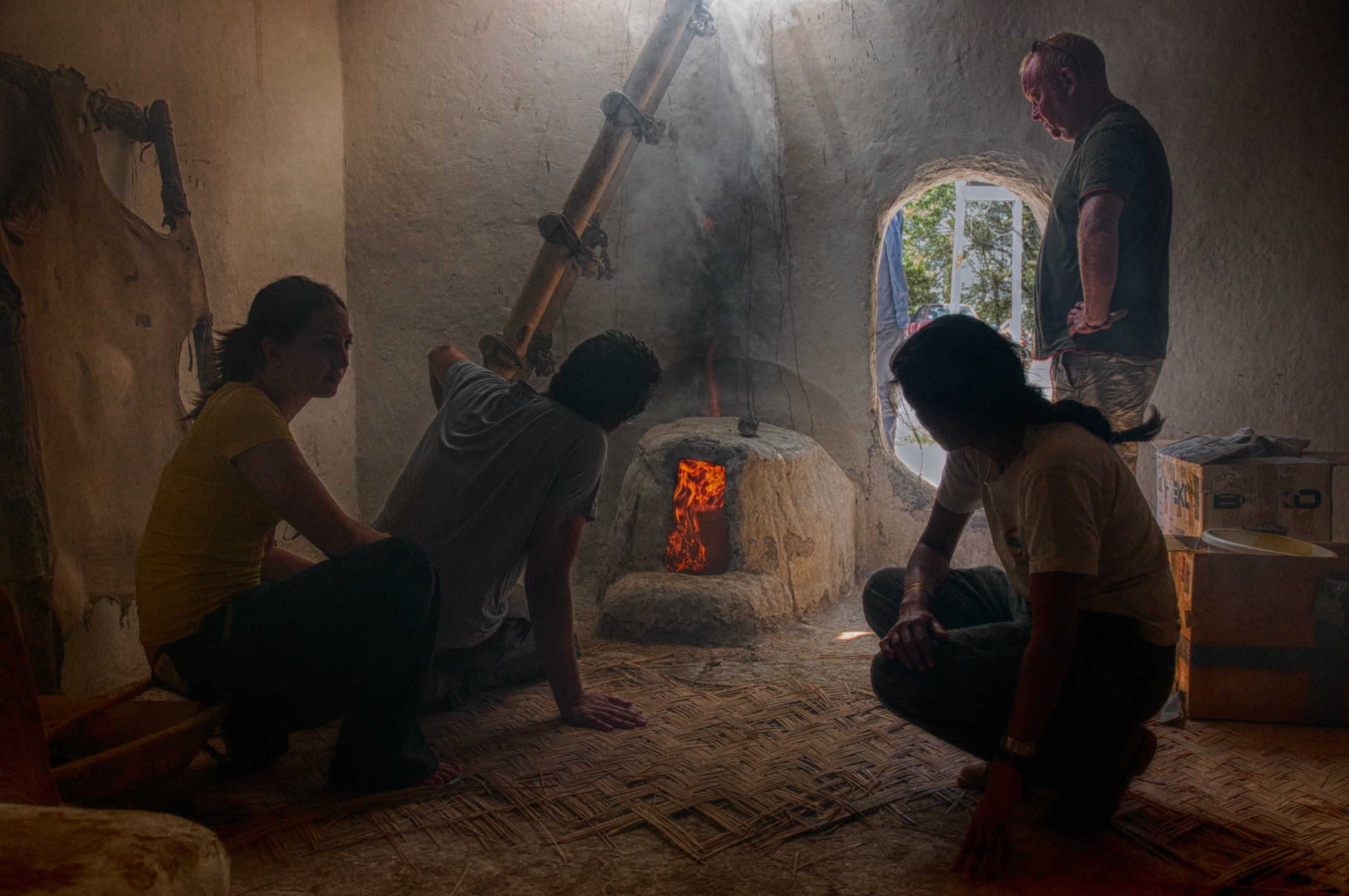 Testing Neolithic oven fire and smoke conditions in the Experimental House at Çatalhöyük, Turkey.