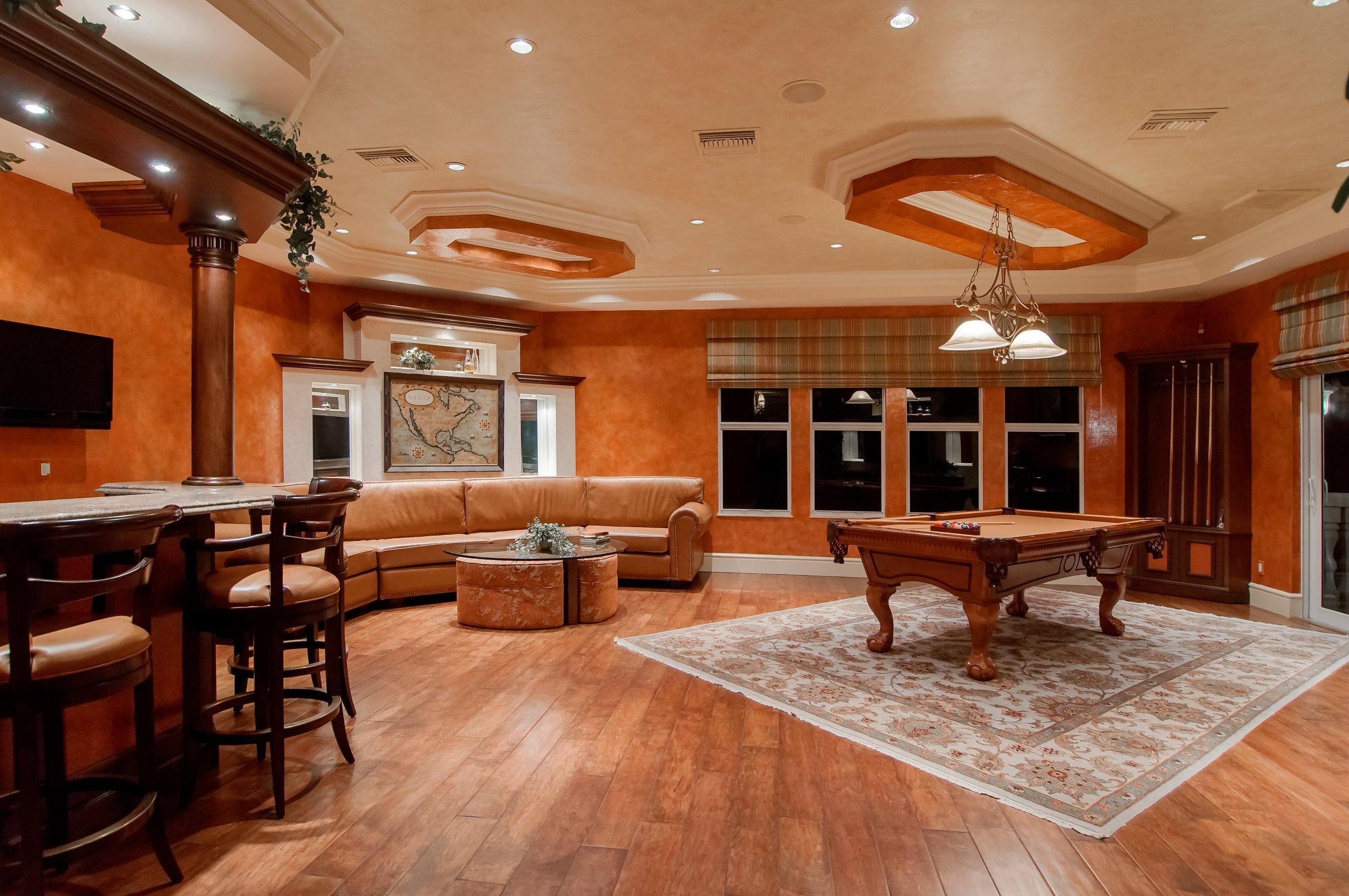 ozburn-hessey-nashville-tn-extend-life-of-hardwood-floors.jpg