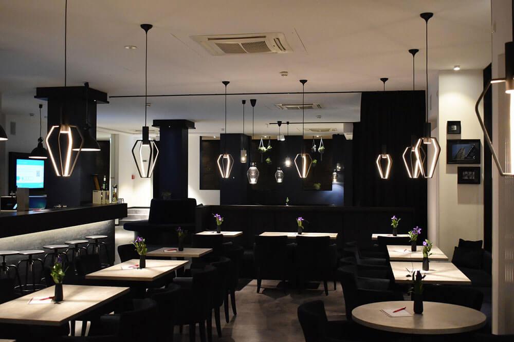 Ozburn-hessey-restaurant-floor-vinyl-plank-flooring.jpg