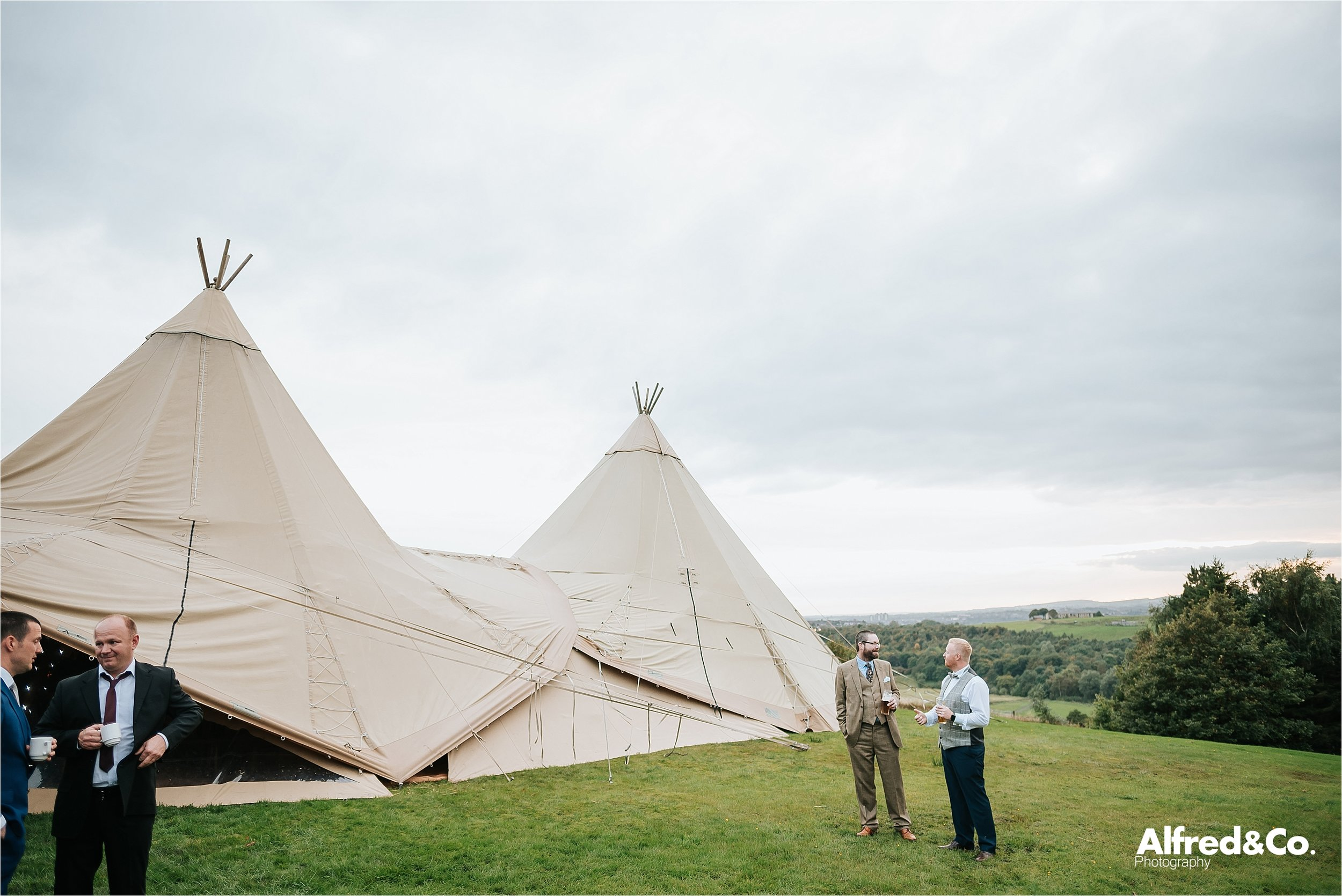 tipi+wedding+lancashire+photographer+rochdale92.jpg