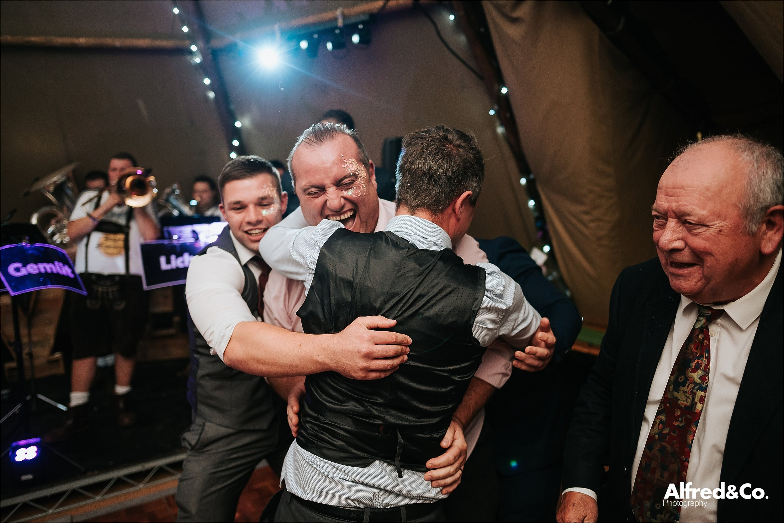 tipi+wedding+lancashire+photographer+rochdale108.jpg