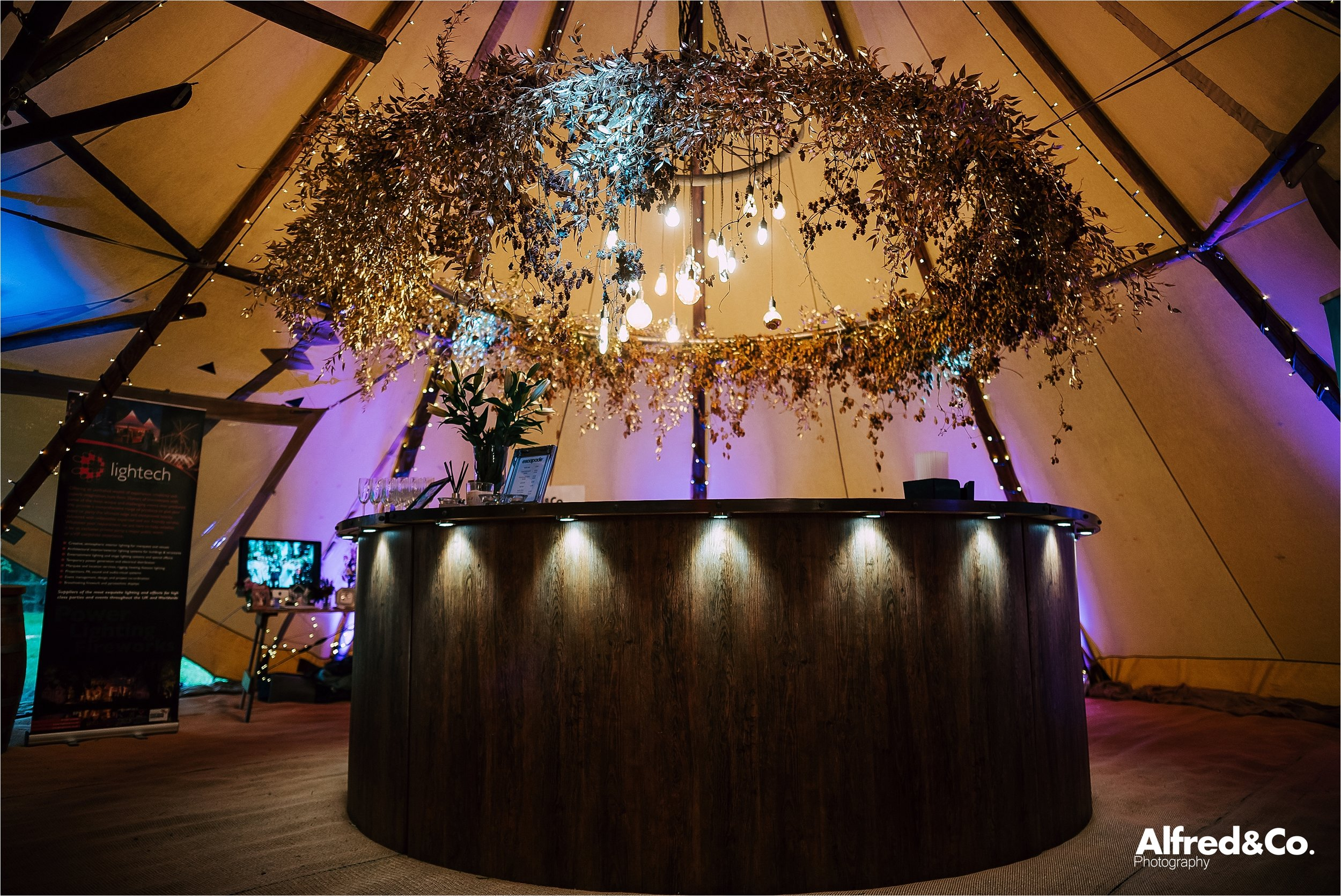 Bar in wedding tipi