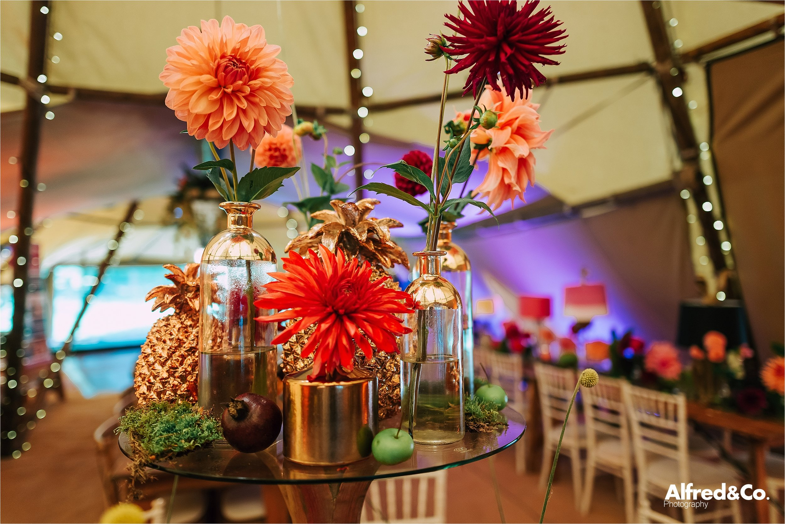 tipi+wedding+dorfoldhall+bigchieftipis+cheshire+lancashire+wedding+photographer+relaxed43.jpg