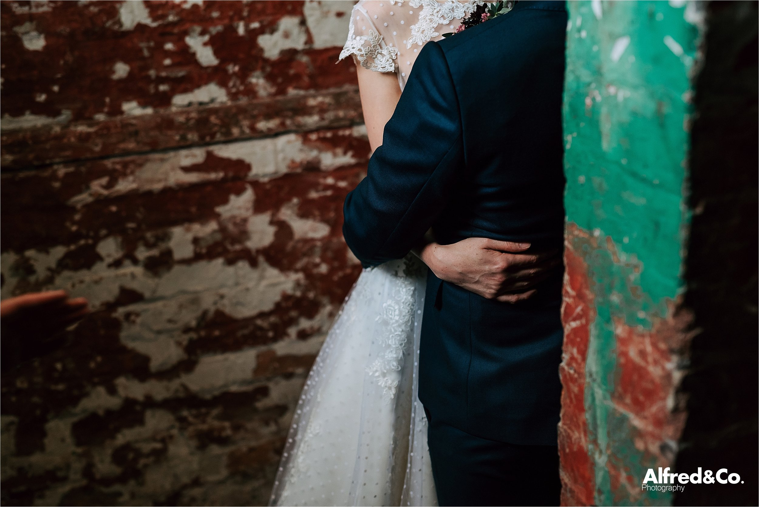holmesmill+wedding+clitheroe+photographer+rustic+lancashire17.jpg