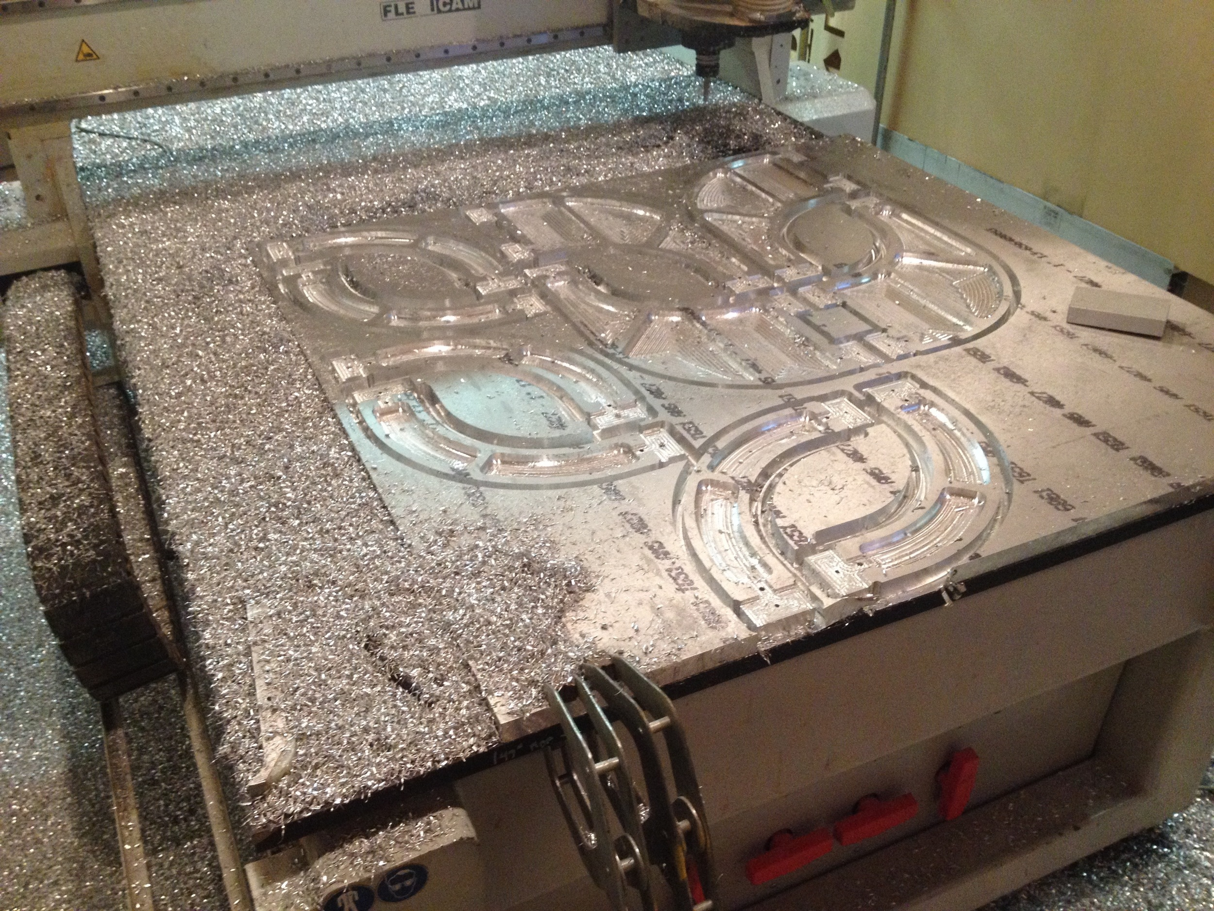 """Maching 1.5"""" plate Aluminum on Cnc Router Table. radiorobot. 2015."""