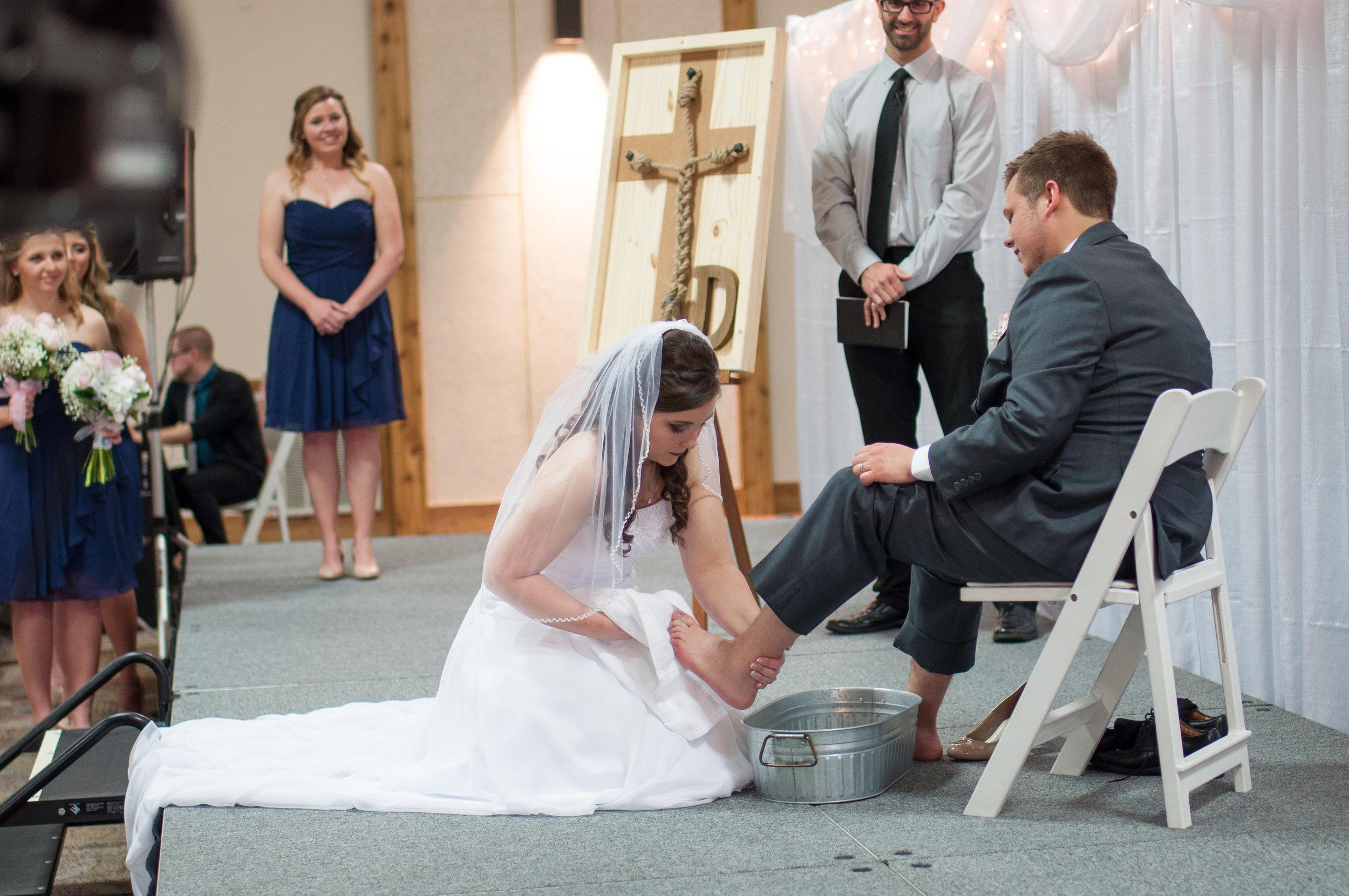 HannahCal_Wedding_136.jpg