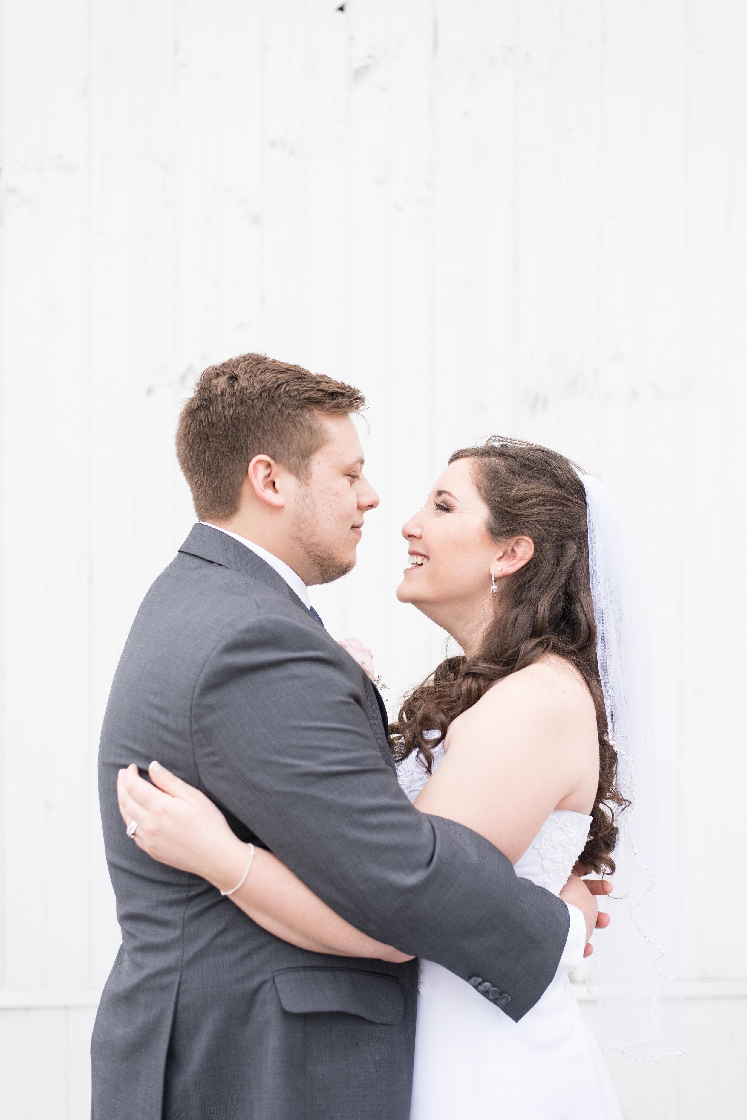 HannahCal_Wedding_322.jpg