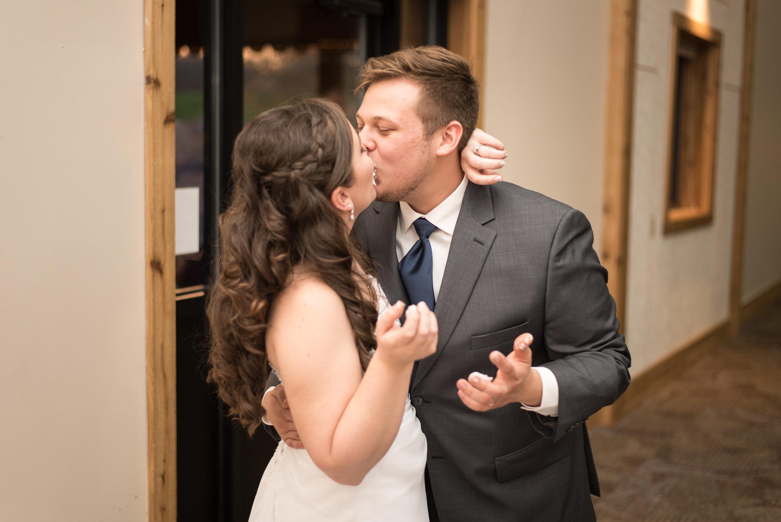 HannahCal_Wedding_455.jpg