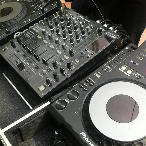 Pioneer CDJ and DJM - Julia and Derrick 051713.jpg